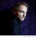 Dietrich Henschel - baritone - c. Thibault Stipal-Naïve - 001 - high res