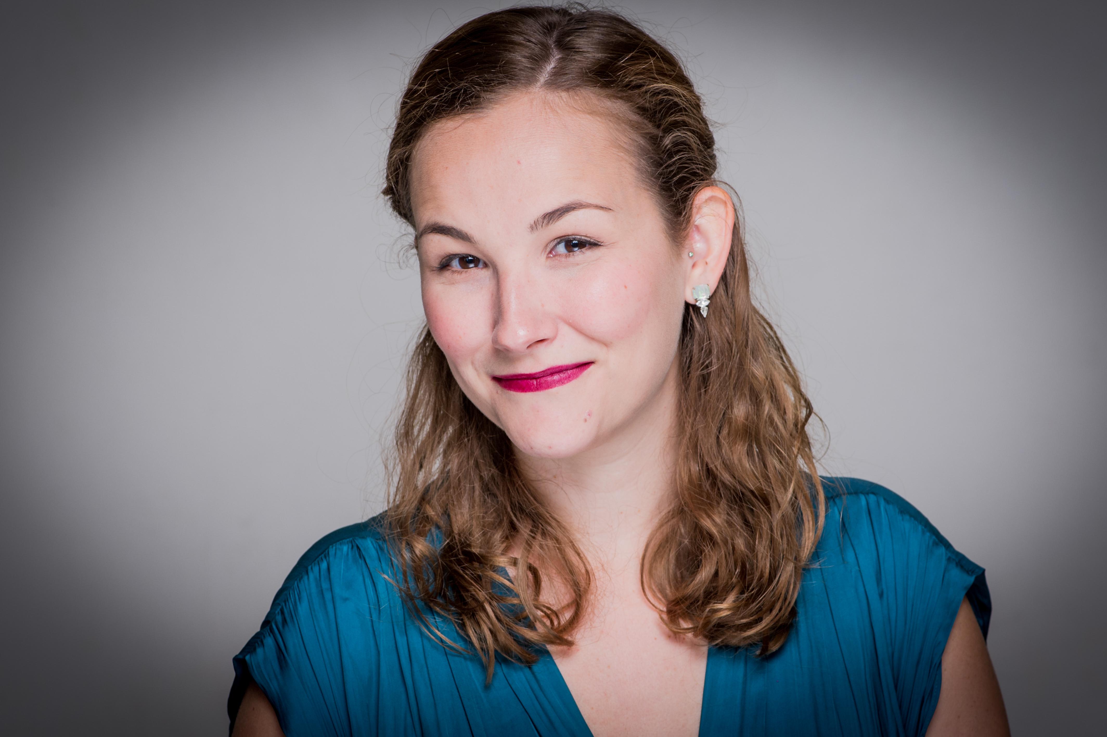 Kate Howder - Mezzo soprano c.Robert Workman